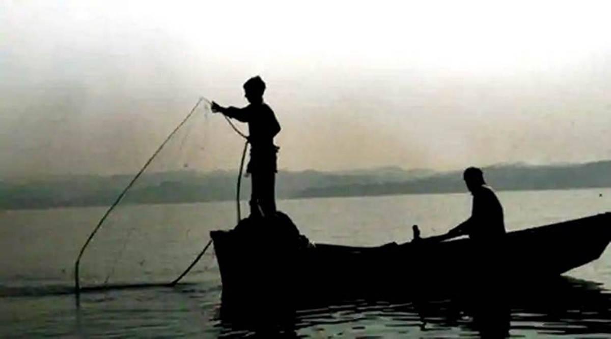 fishing boats crossing IMB, International Maritime Border, Gandhinagar news, Gujarat news, Indian express news