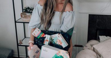 A unique gift basket for parents-to-be! #AD @babymagic @livelifeincolor @noleocare @calminyourpalm #MustHaves4BabyBBxx #LugLife #LugMom #LiveLifeInColor #NOLEO #NOLEOFAM #vichyusa #vichylover #vitaminc #vitamincserum #skincare #hyaluronicacid #hoppypoppie #emotional #parents #lovewithbabymagic #babybananabrush #lilsquishjellyfish #jellyfishteether